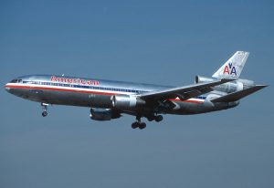 cheap airline fares - Pic of American airlines plane 1