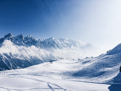 Skiing Trip Package - Snowy mountain pic